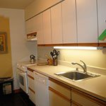 TrailSide Condo - Kitchen 2